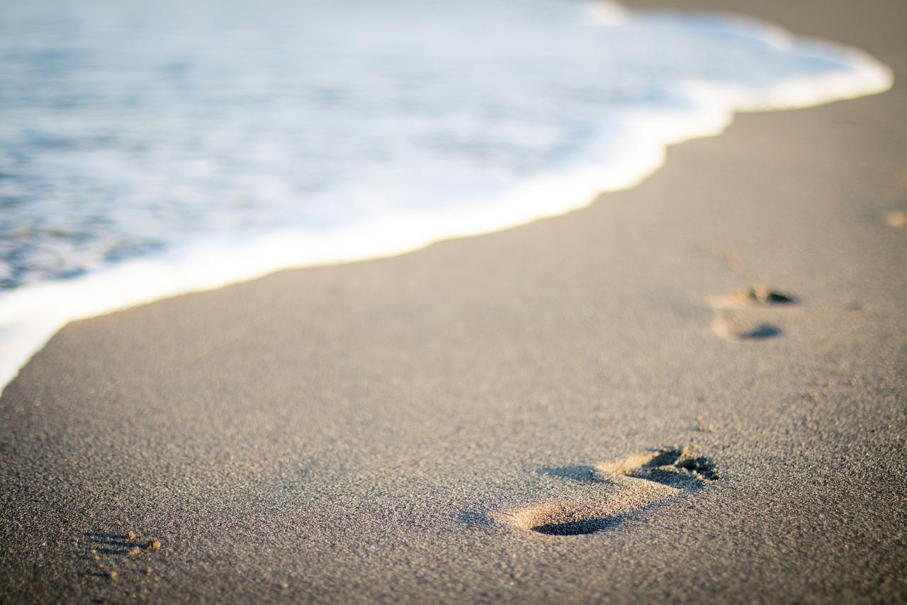 voestappen op het strand, vakantie , zomervakantie